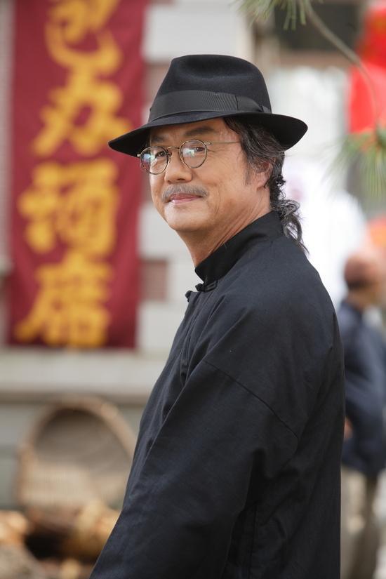 Jung-Dong-Hwan-2