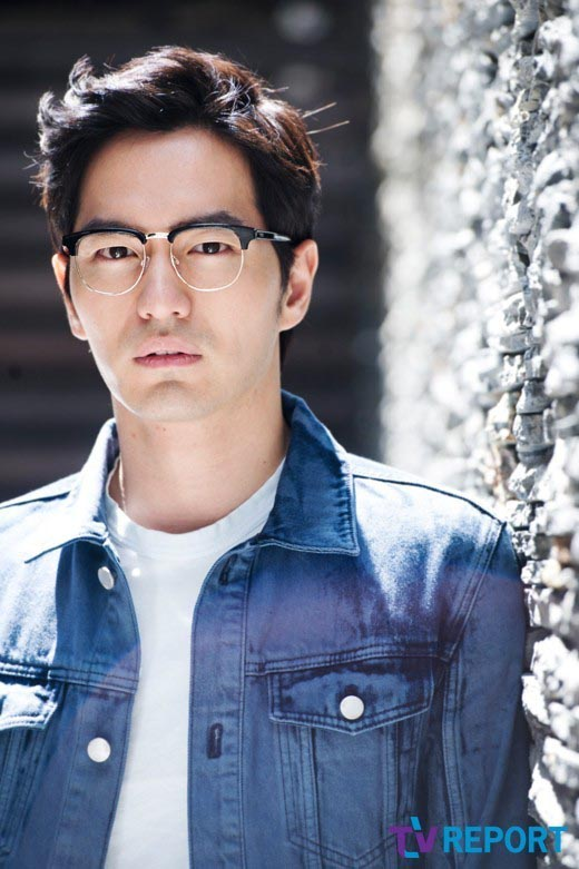 Lee-Jin-Wook-18